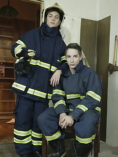 Gay Uniform Porn