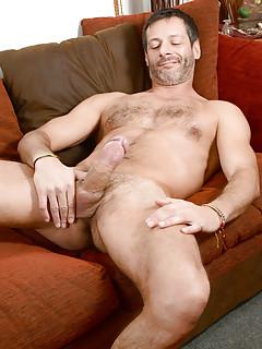 Gay Solo Porn